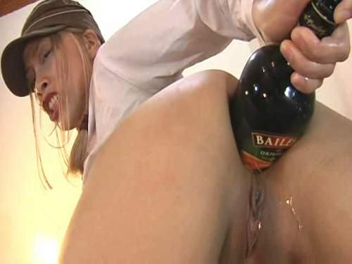 Amateur Japan huge bottle and Fisting anal