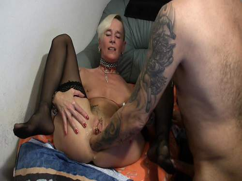 Piercing pussy stretching after hardcore fisting couple homemade