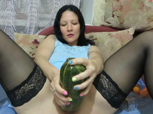 Russian wife giant vegetable and fisting herself closeup webcam