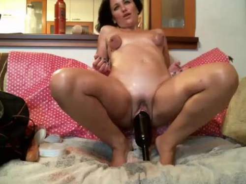 Bottle in pussy and dildo fuck too webcam milf