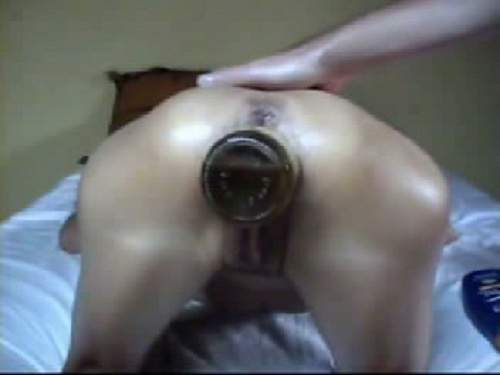 Amazing fisting and bottle pussy penetration closeup
