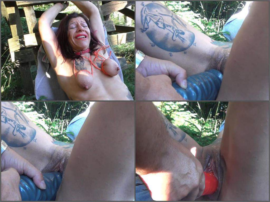 deep toy fuck,giant diildo penetration,toy insertion in pussy,exciting mature outdoor fuck,big toy penetration,saggy tits,bound mature