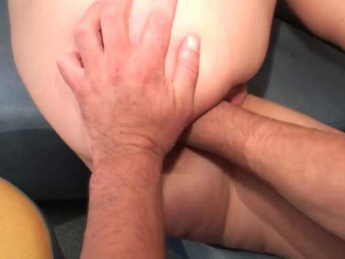 Amateur French couple gets fisted closeup
