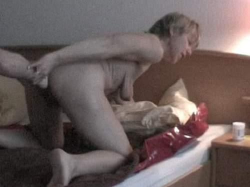 Fantastic amateur granny fisting anal