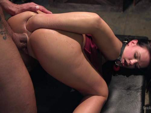 Roxy Raye hot bdsm and deep fisting anal herself