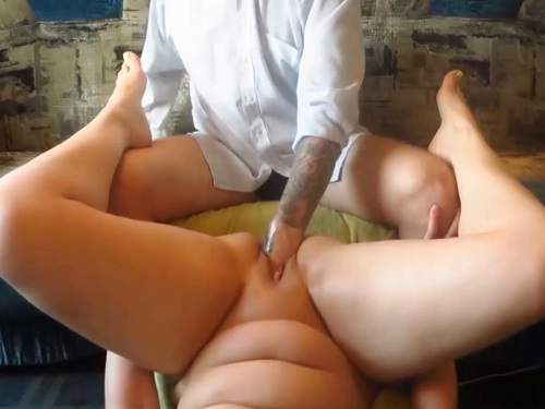 Plump wife gets fisted in amazing pose amateur porn