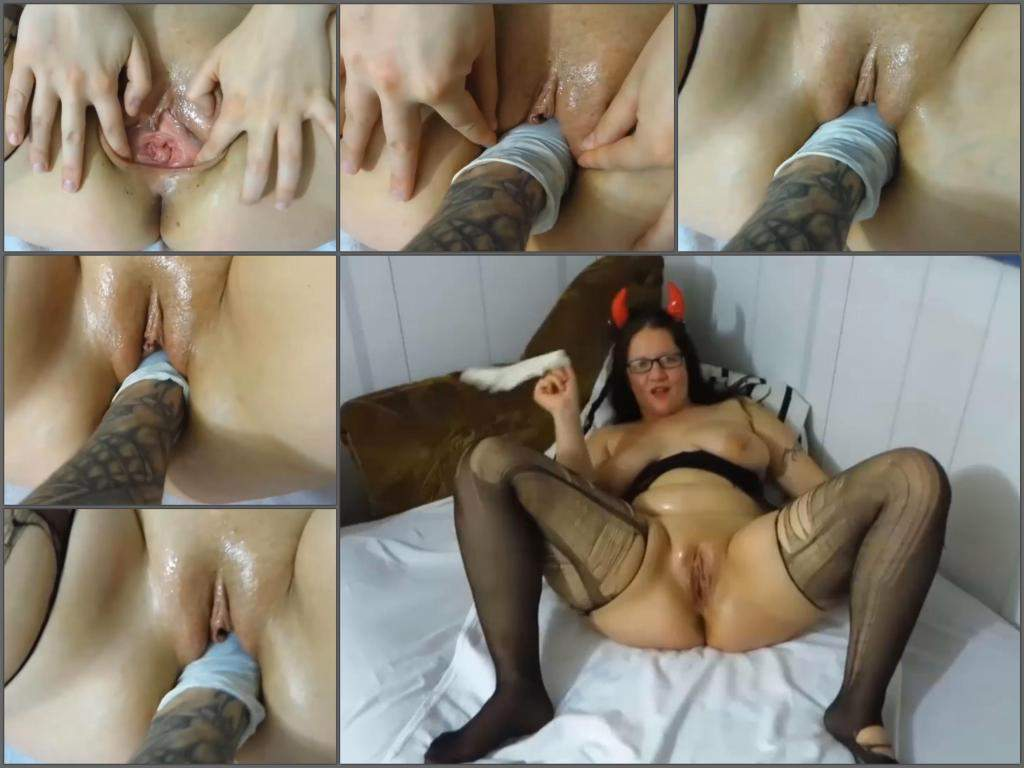 amateur fisting,pussy fisting,deep fisting,sexy mature gets fisted,amazing fisting sex