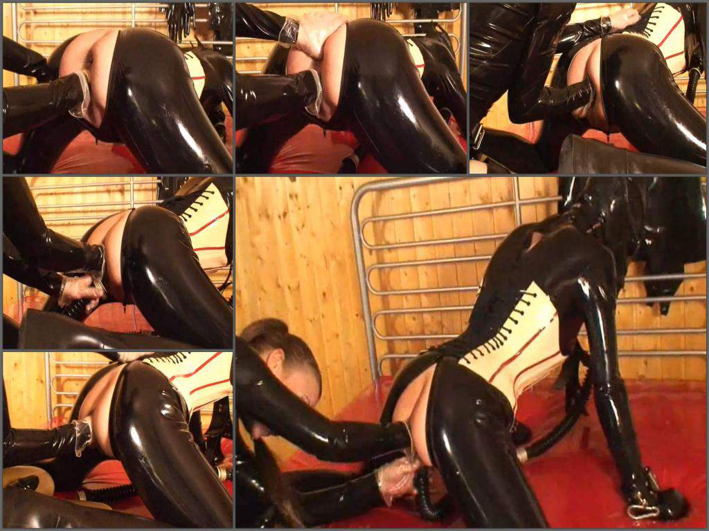 amateur fisting,hot fisting sex,rubber girl,rubber girl porn,deep fisting video,gasmask girl,gasmask porn fetish
