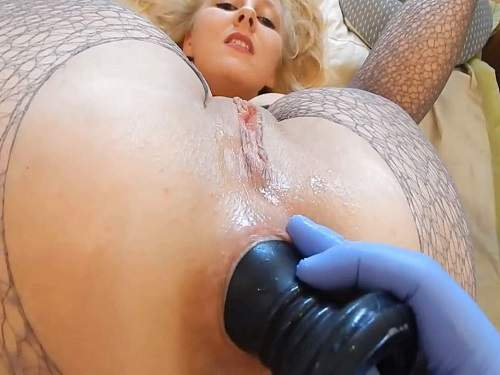 anal rosebutt,big dildo in ass,dildo penetration anal,huge dildo fuck in ass,perverted big ass blonde,anal gape ruined,girl gets fisted amateur