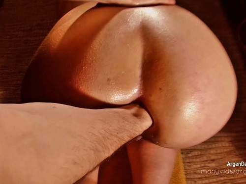 Husband fisted his booty wife in doggy style pose hardcore homemade