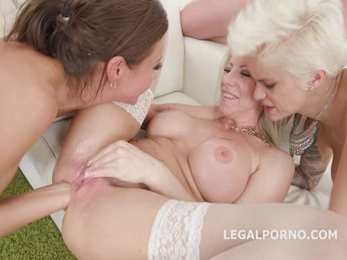 Tina Kay, Mila Milan and Lara De Santis anal fisting and dildo in rosebutt anus