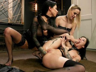 Lily Lane, Charlotte Sartre and Miss Robin double strapon domination and fisting