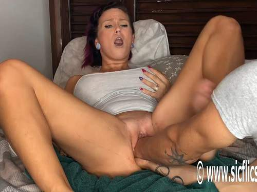 Big ass pornstar BBC dildo and double fisting sex with her husband