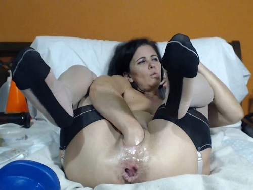 Queenvivian giant dildo hard fuck after double fisting