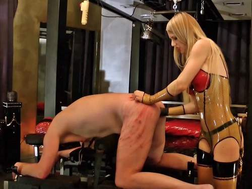 Wax Play – Vision of a Sadonaut with rubber mistress Lady Estelle