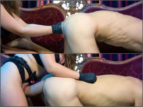 Double fisting – Wonderful mistress deep anal fisting and huge strapon domination to slave male