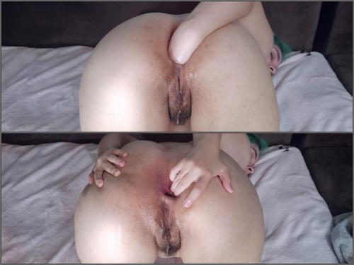 Amateur – LilKiwwiMonster anal gape adventures – First Fisting Full HD