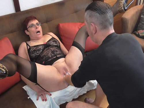 Fisting sex – Perverted german granny gets fisted vaginal from male
