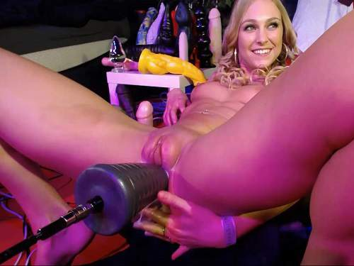 Teen fisting – Siswet19 fucking machine pyramide dildo driller her asshole