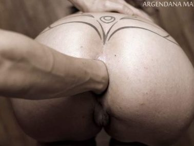 Butplug - Blindfold MILF gets deep anal fisting and plug fully fuck