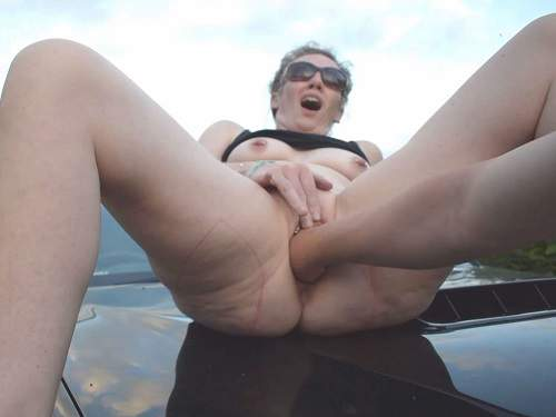 Amateur fisting – Loosejane fisted on the bonnet of a truck – Premium user Request