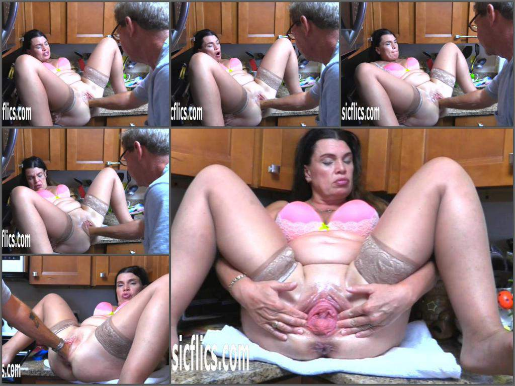 Hottabbycat 2019бHottabbycat Pussy fisting,Hottabbycat couple fisting,amatuer fisting,mature fisting,fisting sex,deep fisting,girl gets fisted,husband fisting domination