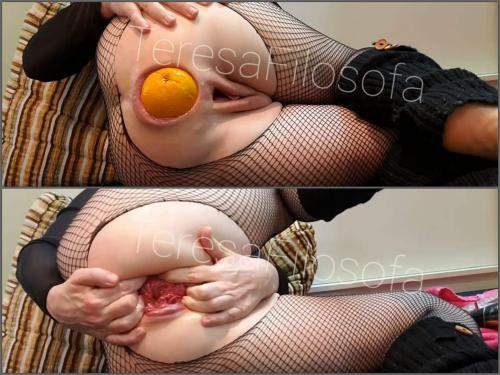 Vegetable anal – TeresaFilosofa giant orange and fist insertion in ruined anal rosebutt