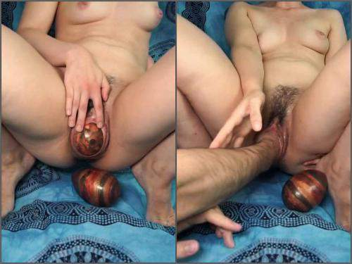 Deep fisting – Depraved hairy wife gets many big ball eggs and fisted vaginal only