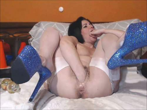 Pussy insertion – Queenvivian hairy pussy pump and double fisting exciting webcam