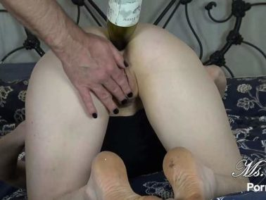 Big Ass - Ms Fine penetration bottle in ass and anal sex after