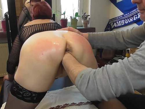 Amateur fisting – German booty granny squirt after deep vaginal fisting from husband