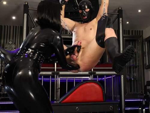 Mistress domination – Asian mistress Miss Patricia fisting domination to slave