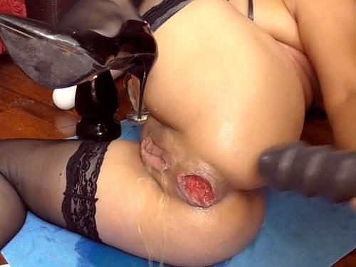 Closeup – Alisiya Rainbow ruined anal prolapse homemade again – Premium user Request