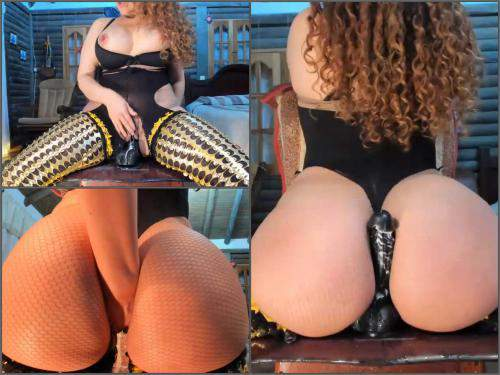 Close up – Big ass latin pornstar Little_izzi awesome games with rubber dildo