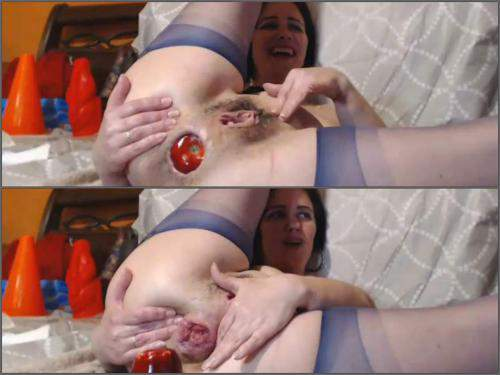 Anal fisting – Kinky brunette Analvivian with saggy tits huge apple and transparent ball in rosebutt anal