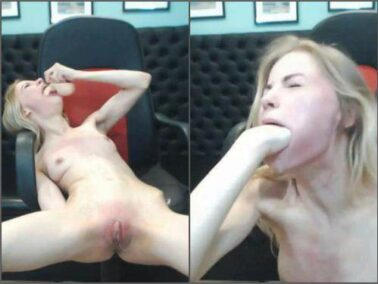 Webcam - Tattooed skinny blonde girl rough spanking and deepthroat fucked