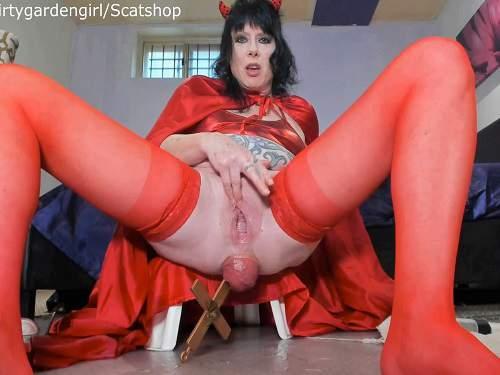 Prolapse porn – Scat devil girl penetration big cross in her giant prolapse anal