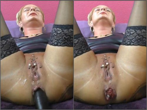 Booty girl – German wife with piercing labia enjoy long dildo in her prolapse anal
