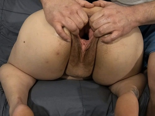 Bbw fisting – Big ass BBW enjoy to stretch her huge gaping pussy