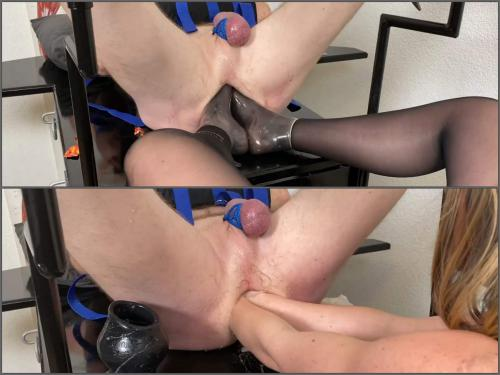 Footing – Mistress wife double fisting, elbow fisting and footing domination