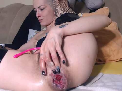 Webcam – Angelsdaniel insertion dildo in hairy pussy and rosebutt anus