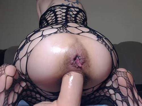 Pussy insertion – Bald girl angelsdaniel epic dildo deep insert in her hairy pussy