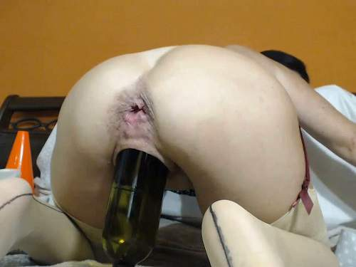 Bottle riding – Kinkyvivian anal rosebutt stretched with balls, dildos and wine bottle