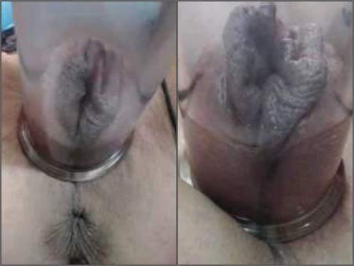 Pussy pumping – Blonde MILF very closeup webcam awesome vaginal pump