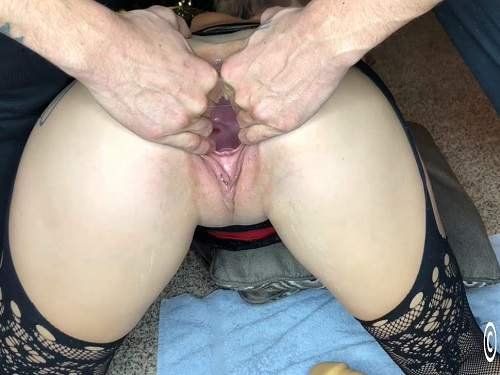 Piercings – Busty girl Lily Skye shocking rubber dildo penetration in piercing gaping pussy