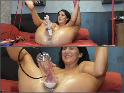 Pump – Russian girl BIackAngel pump out milk fomr pussy