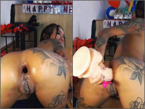 Webcam asian – Dirty young Asianqueen93 double dildos insert in her rosebutt anus hole