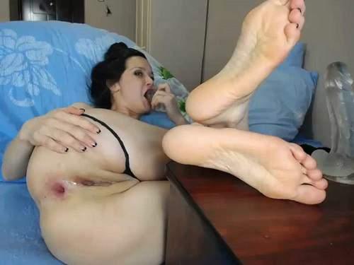 Anal insertion – Big ass Viktoriakiss transparent dildo penetration in narrow anal gape