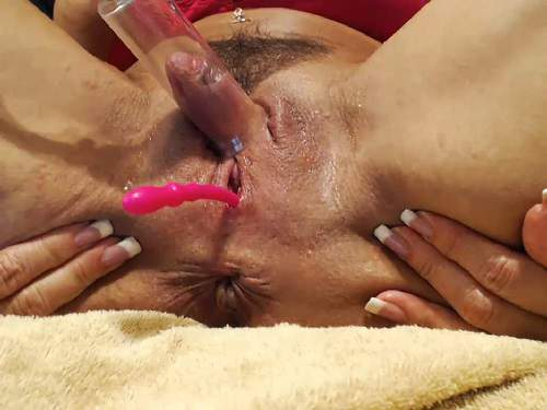 Busty mature – Hairy muscular milf musclemama4u pump her really sweet big clit