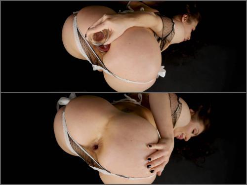 Gaping asshole – Sheena Shaw 4K a custom farting fetish – Premium user Request